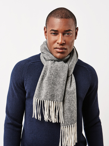 Product thumbnail of Men's Woven Herringbone Scarf