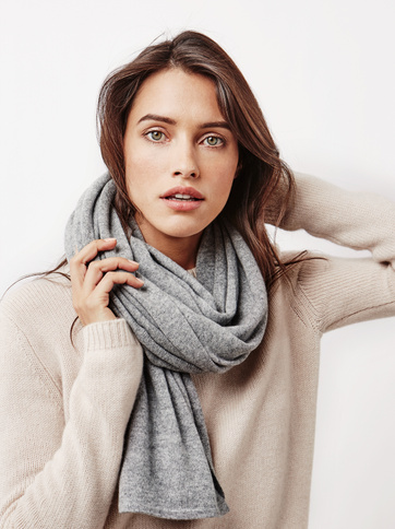 Product thumbnail of Women's Plain Knitted Scarf