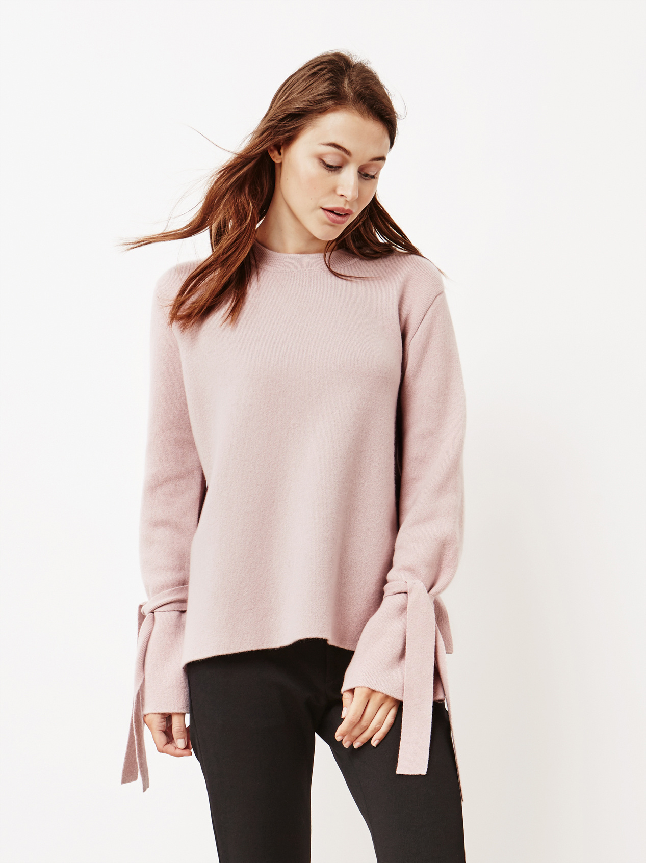 Soft Goat Women's Jaquard Bow Arm Sweater Soft Pink