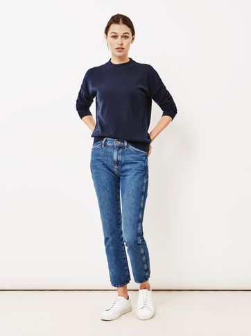 Product thumbnail of Women's Short Oversize